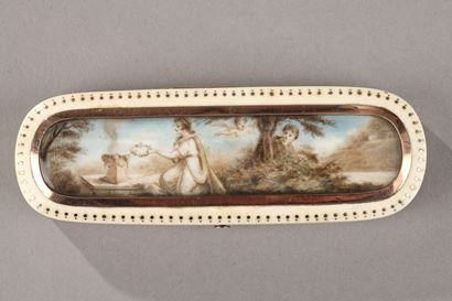 Late 18th Century Ivory and Gold Patch Box.