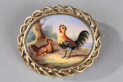 Mid-19th Century Gold And Porcelain Brooch. Hen And Rooster.