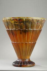 AN ART DECO GLASS. SIGNED ARGY ROUSSEAU