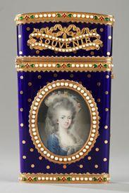 Carnet de bal or, émail et miniature. Louis XVI.
