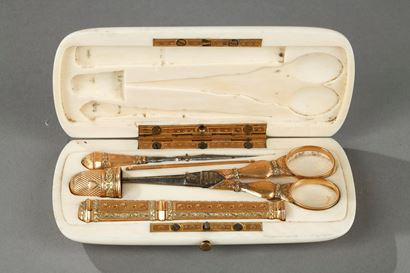 19th-century Gold and ivory sewing case.