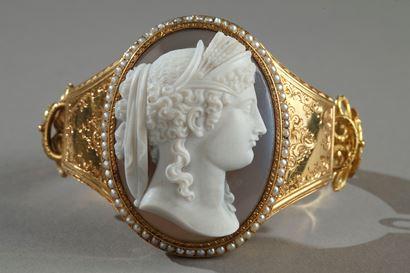 Bracelet or et camée sur agate. Napoléon III.