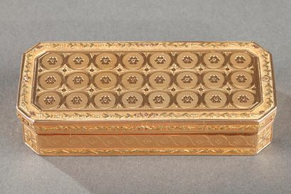 Early 19th century Gold snuff-box. Louis Galopin.