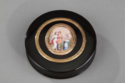 GOLD, ENAMEL, TORTOISESHELL  BOX, LOUIS XVI PERIOD.