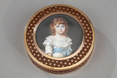 French gold-mounted tortoiseshell with miniature.  18th century