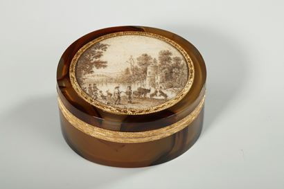 Agate and Gold Box with Miniature – 18th Century