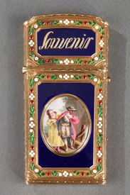 WRITING CASE IN ENAMELED GOLD.<br/>