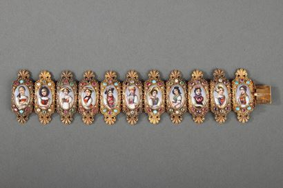 BRACELET IN GOLD, ENAMEL, AND GEMSTONES.<br/>
