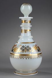 White opaline bottle with Desvignes decoration.