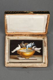 Early 19th century Micromosaic with Capitoline doves .