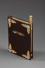RARE DANCE CARD IN TORTOISESHELL, GOLD, AND PRECIOUS STONES<br/>