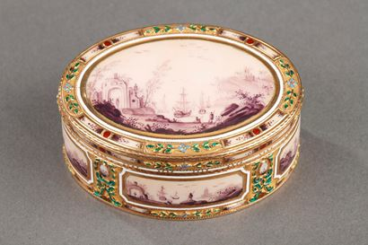 ENAMEL AND GOLD BOX.<br/>