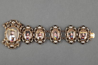 GOLD AND ENAMEL BRACELET.<br/>