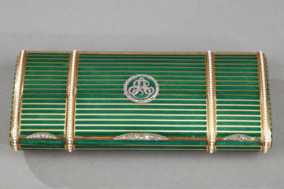 An early 20th century bi-colour Gold and enamel vanity case.