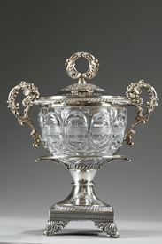 19th century LARGE SILVER AND CUT-CRYSTAL CONFITURIER,with 12 spoons.   Restauration Period.