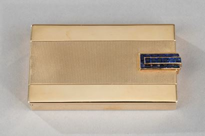 A FRENCH ART DECO JEWELLED GOLD VANITY CASE BY CARTIER.