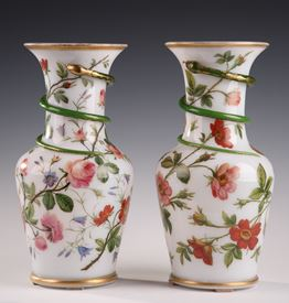 Pair of white opaline vases. Model of J-F Robert.<br/>