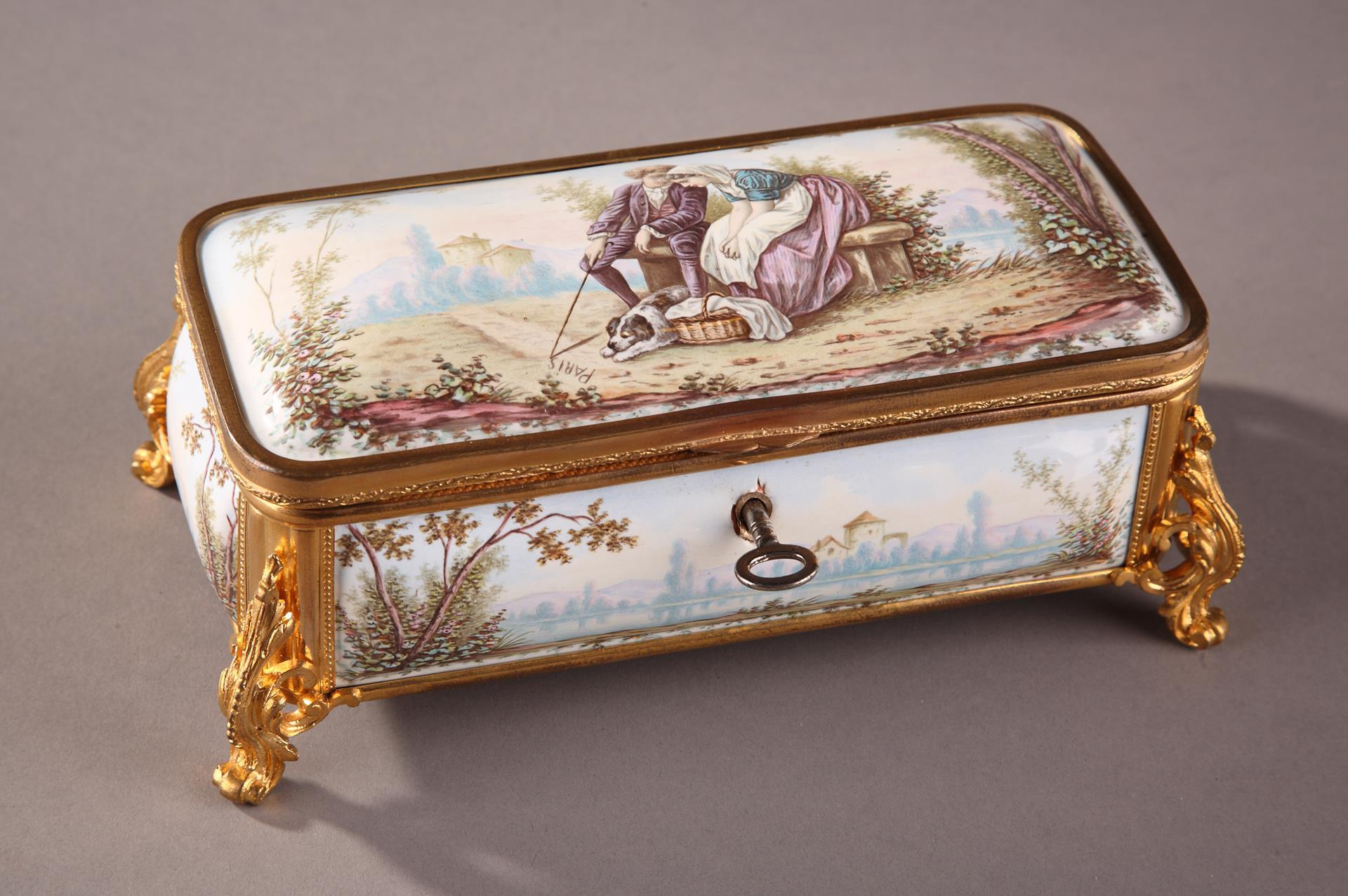19TH CENTURY FRENCH LIMOGES ENAMEL BOX.
