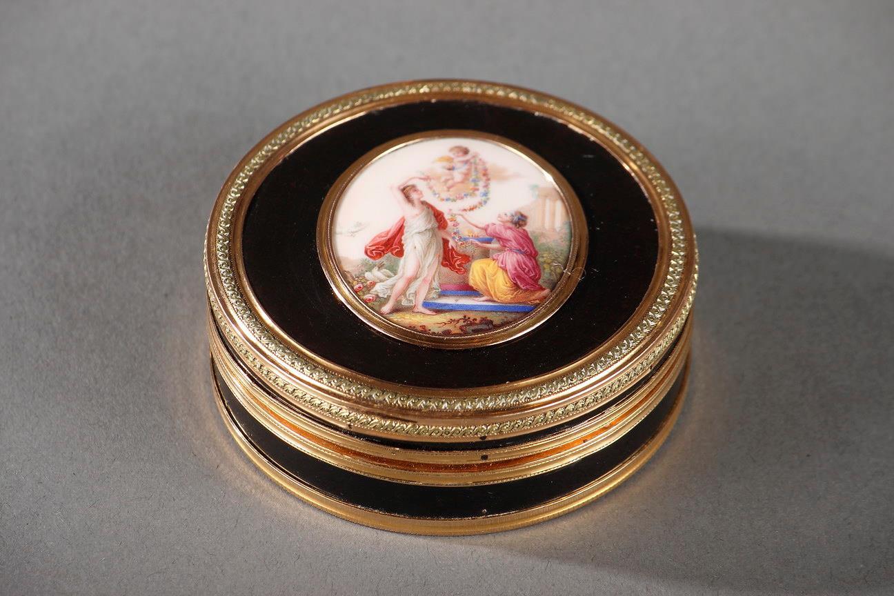Gold, tortoiseshell and enamel Louis XVI Box. Circa 1780-1785.