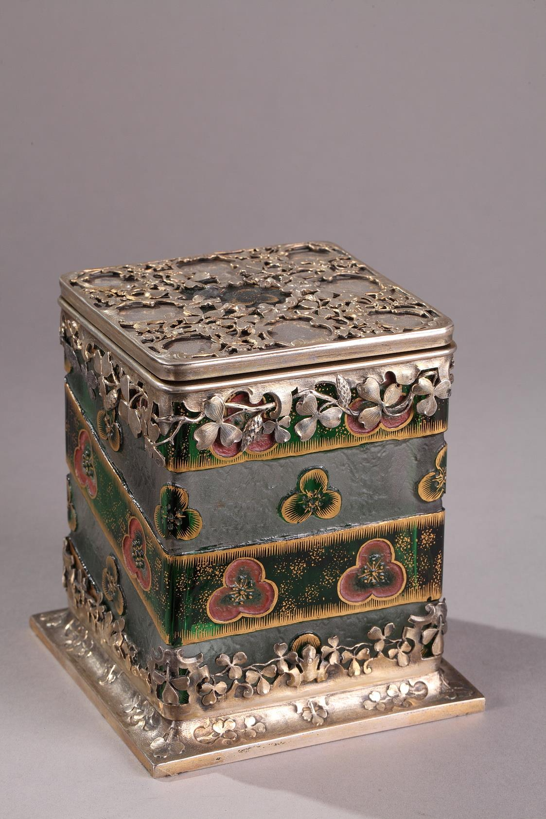 A Daum Nancy silver-mounted cameo glass candy box with hinged cover, circa  Circa 1890.