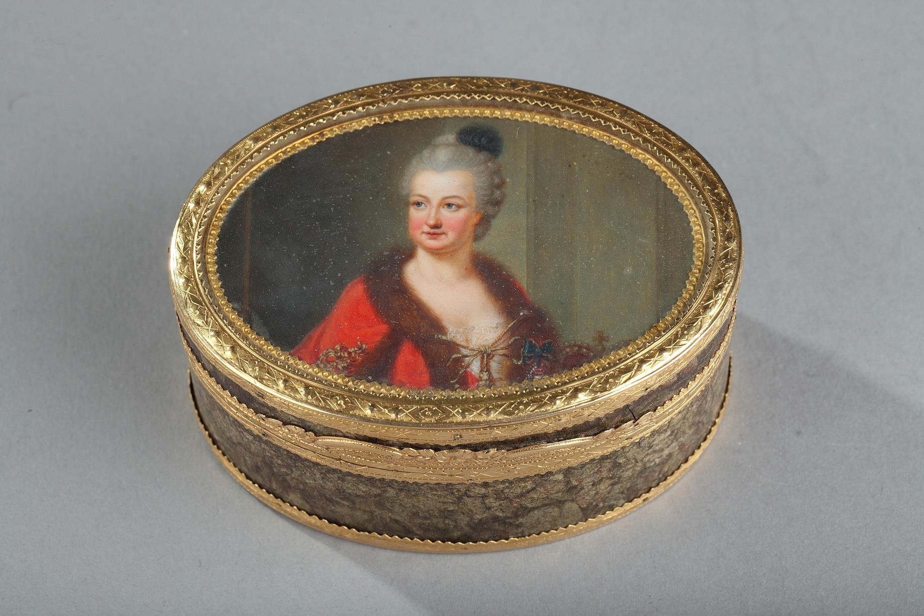 18th-century Gold box with miniature on ivory Elisabeth Auguste Palatina.