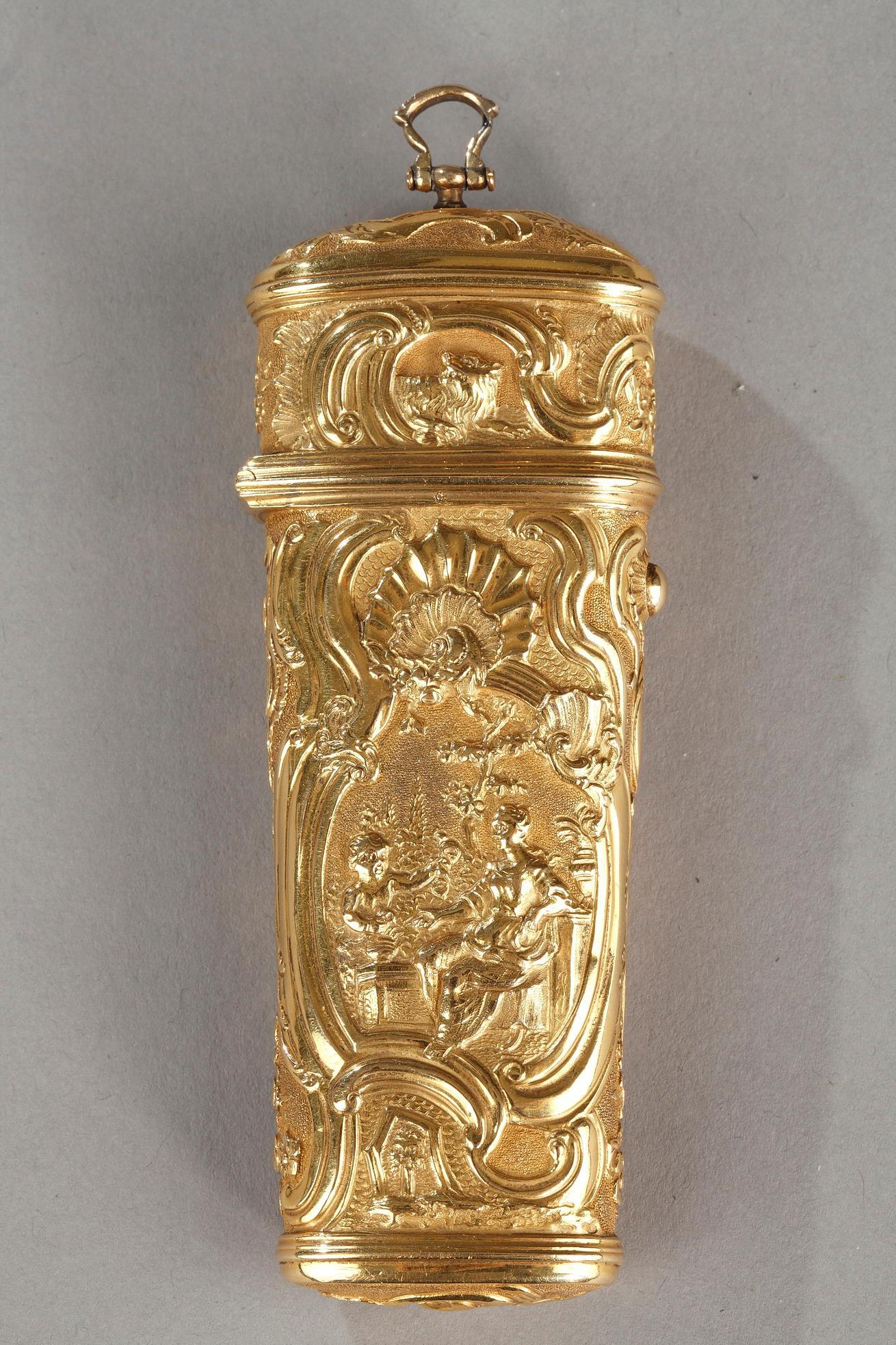 18th century Gold Necessaire.