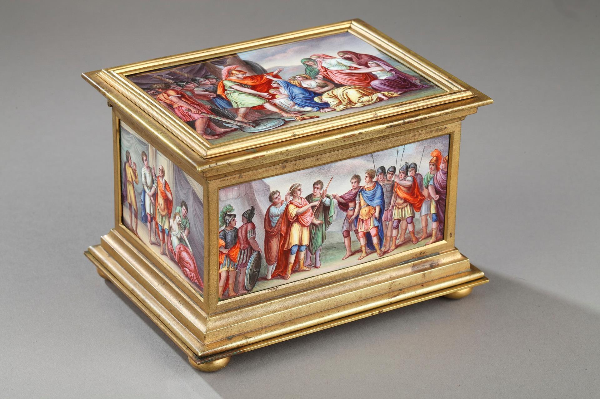 ENAMEL BOX WITH MYTHOLOGICAL SCENES. VIENNA 19TH CENTURY.
