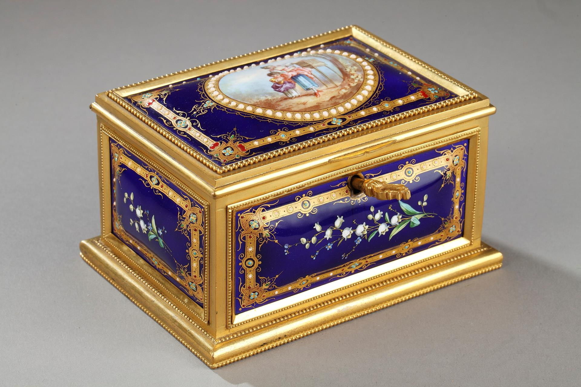19TH CENTURY CASKET IN  ENAMEL AND GILT BRONZE MOUNTS. Signed Tahan. 19th century.