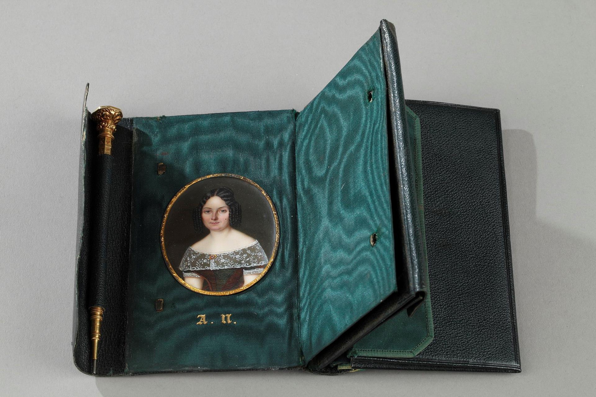 Leather case with miniature signed Berny d'Ouvillé
