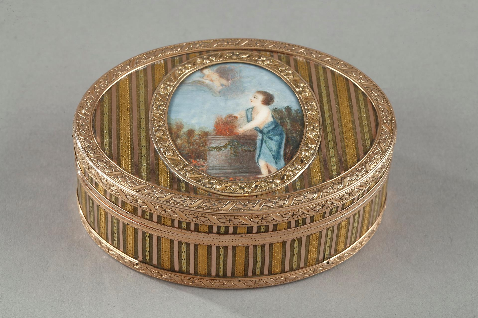 Louis XVI gold snuff box with miniature on ivory. Circa 1770.