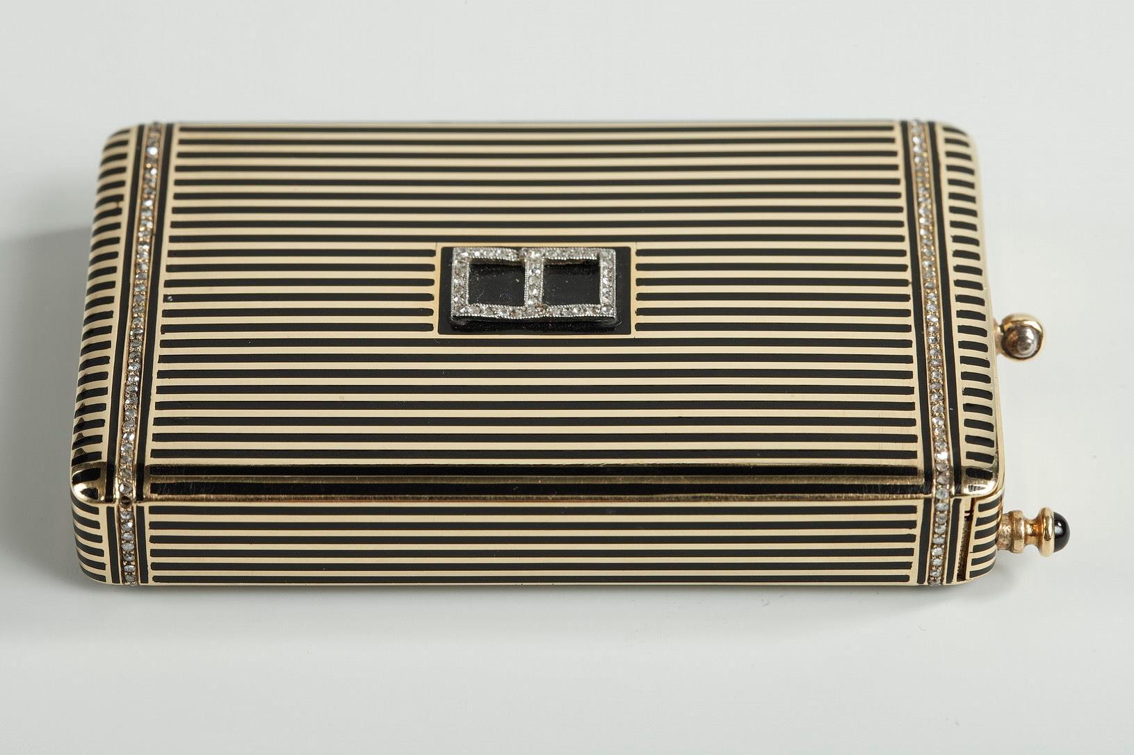 Gold and Enamel Minaudière. <br/> Art Deco, 1920-1930.