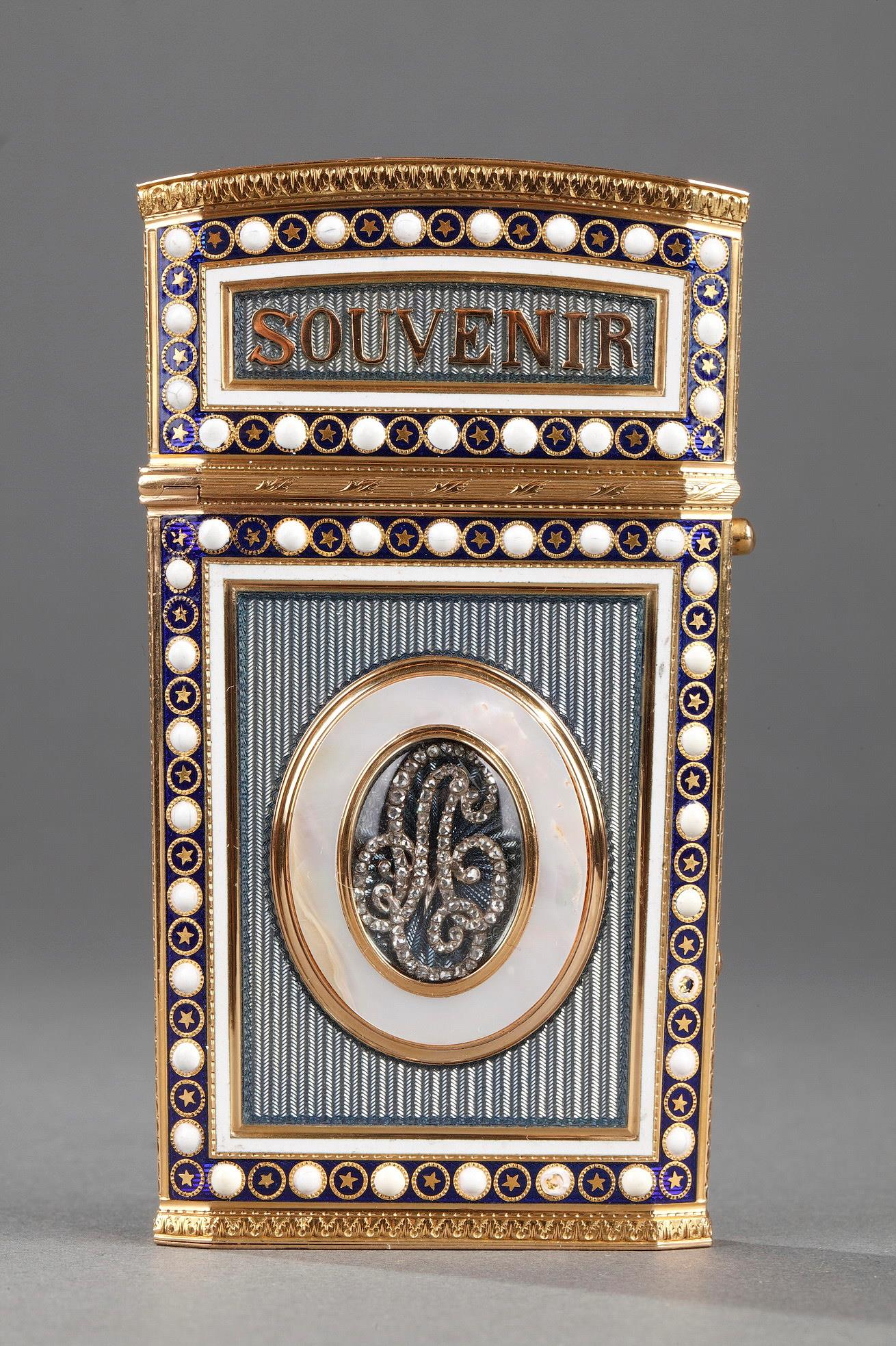 TABLET CASE IN GOLD WITH ENAMEL, MOTHER-OF-PEARL AND IVORY.<br/> LATE 18TH CENTURY WORK.