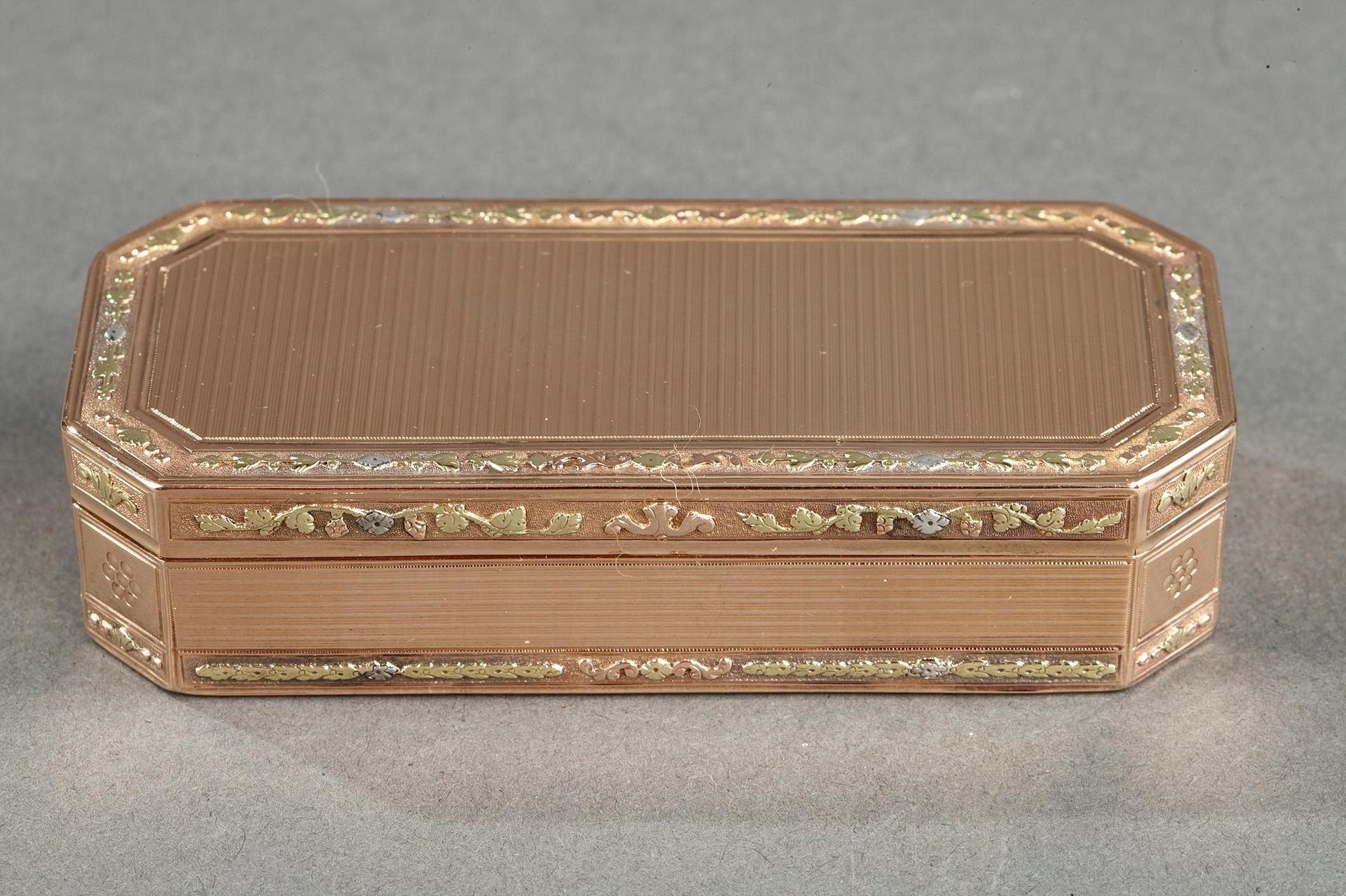An early 19th century gold box.