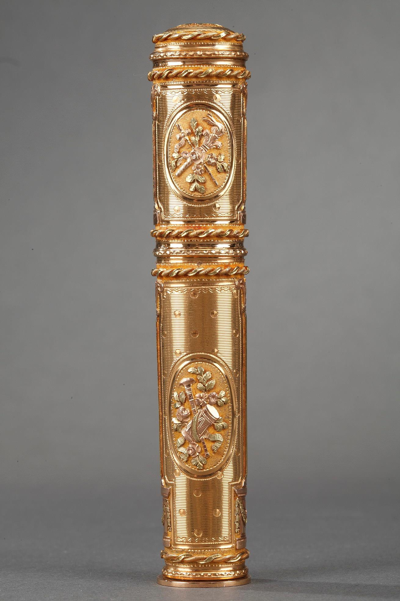 GOLD CASE FOR WAX.<br>LOUIS XVI PERIOD.