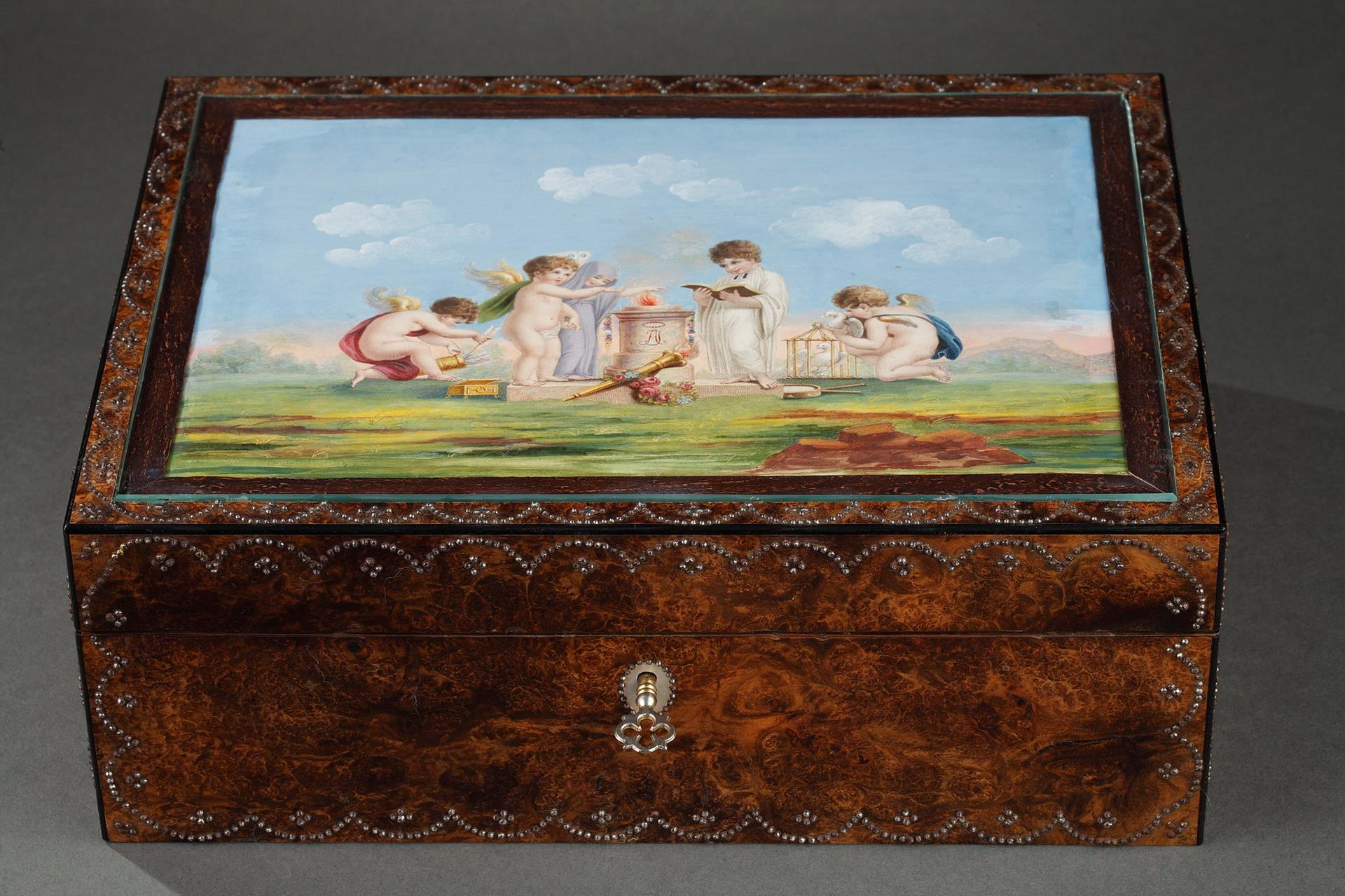 Early 19th-century sewing-set in amboine wood, gold, mother-of-pearl. <br> Circa 1820