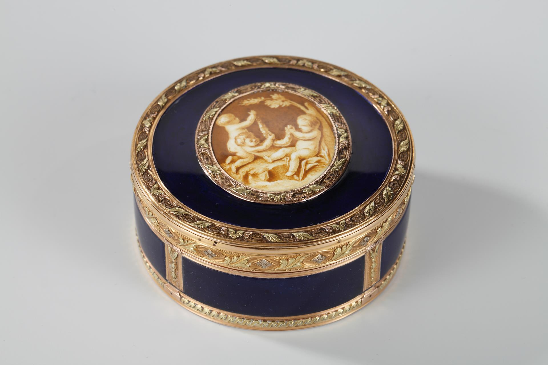 Gold and Enamel Box with Miniature on Ivory. Louis XV period.