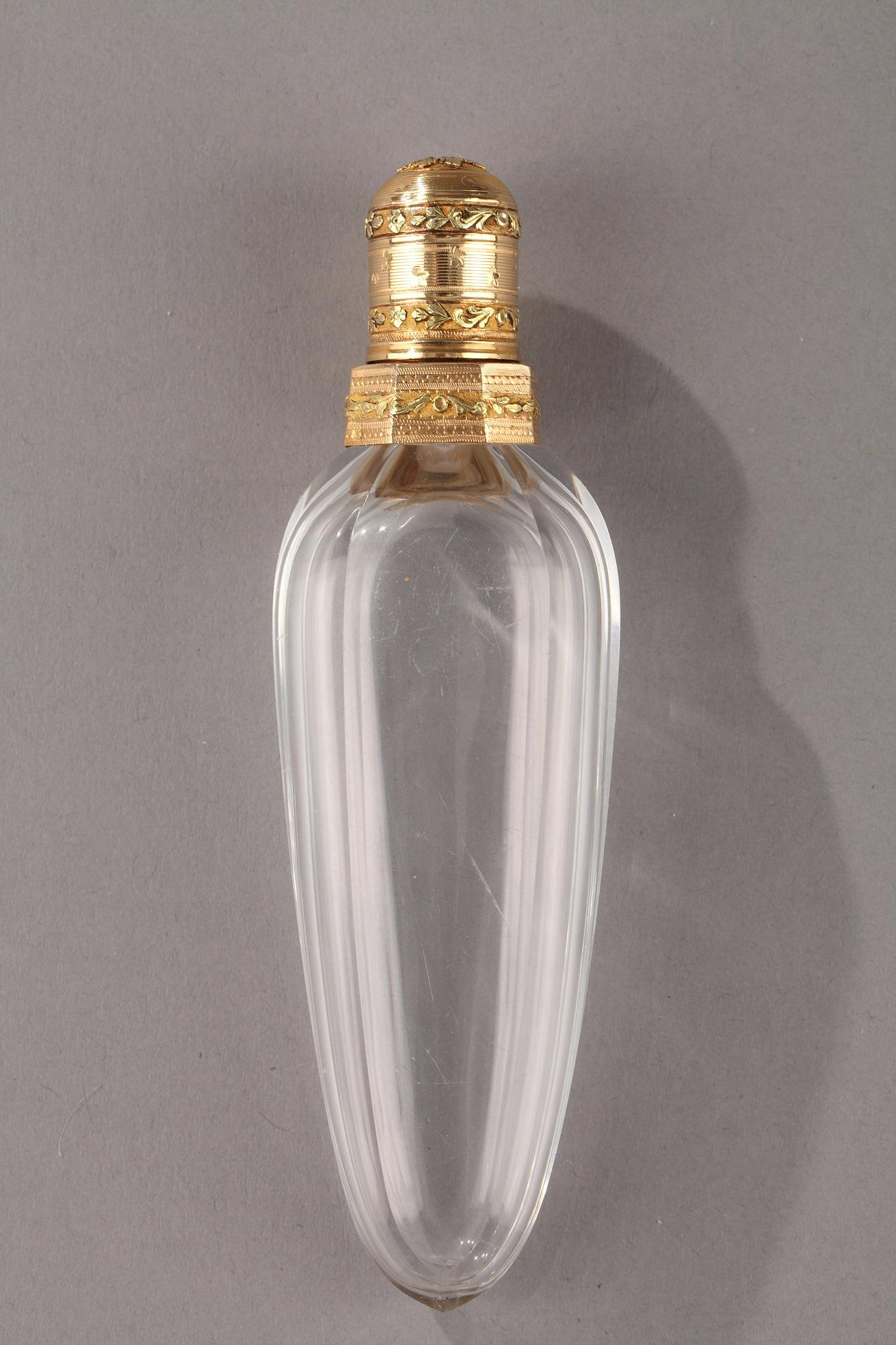 Gold and cut crystal perfume flask Louis XVI Circa 1784